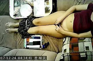 Face of real mast orgasm on hidden cam