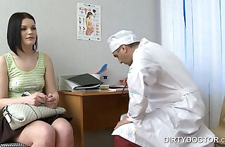 Russian ginecologist seducing babe
