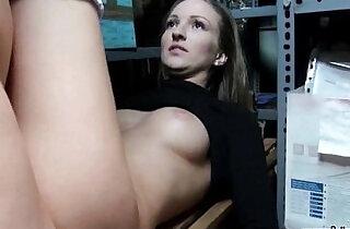Public pickups Amateur hot Girl loves to Suck black hard Dick For Money In The Street