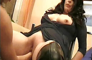 Double fisting mature pussy