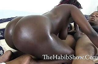 Chi Town big booty chocolate Hood bitch fucked